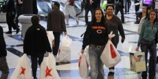 Centre commercial de Glendale, en Californie, aux Etats-Unis pendant le Black Friday, le vendredi qui suit Thanksgiving.Copyright Reuters