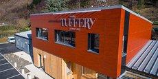 L'Atelier Tuffery, ancienne manufacture familiale datant de 1892, se renouvelle, agrandit ses locaux et crée sa propre école de formation.