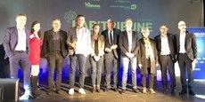 Les participants et partenaires du Lab'Tribune 2020, réunis sur la scène de l'Espace Dièze
