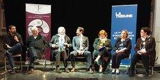 Les sept candidats aux municipales de Carcassonne, réunis sur la scène de l'Auditorium pour le Grand Oral du 4 mars