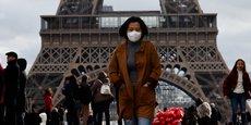 Les voyagistes déplorent de nombreuses annulations de séjours en France et en Chine.
