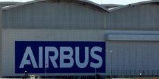 Airbus, qui avait décidé mardi de suspendre pour quatre jours ses activités de production et d'assemblage dans ses usines françaises et espagnoles, espère reprendre lundi une activité partielle dans tous ses sites en France et en Espagne.
