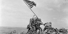 Au Front : une chronique quotidienne le temps du confinement pour présenter des initiatives locales et régionales qui préparent le monde d'après la pandémie. (Crédits : Raising the Flag on Iwo Jima, by Joe Rosenthal. 1945)
