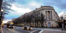 CORONAVIRUS: LA JUSTICE US ENQUÊTE SUR DES TRANSACTIONS FINANCIÈRES D'ÉLUS, RAPPORTE CNN