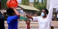 Un point de contrôle sanitaire entre Abuja et Nassarawa, le 30 mars 2020 au Nigeria.