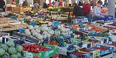 Avec l'interdiction de nombreux marchés alimentaires de plein vent, les agriculteurs perdent un nouveau débouché pour leurs productions.
