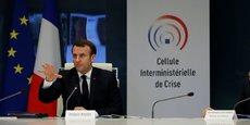 Dans la plus totale urgence, Emmanuel Macron a annoncé une dotation exceptionnelle de 4 millards d'euros à l'organisme « Santé publique France » - bien impuissant face au Covid-19, faute de moyens - pour commander « médicaments, respirateurs et masques » destinés à lutter contre l'épidémie.