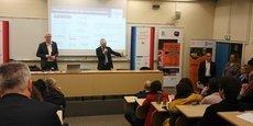 Job dating, Medef, Fape, direccte... à l'Ecole centrale de Nantes pour les publics éloignés de l'emploi.