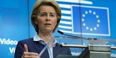 Alors que l'Union européenne continue de prendre du retard dans son programme de vaccination, la présidente de la Commission, Ursula von der Leyen, s'est dite prête à bloquer les exportations d'AstraZeneca à l'étranger.