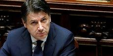 Le président du Conseil italien Giuseppe Conte avait promis de présenter ce projet de loi le mois dernier, mais les querelles répétées au sein de la coalition gouvernementale, de plus en plus fragile, sur plusieurs aspects du décret de près de 500 pages ont provoqué des retards à répétition.