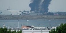 Le site de l'usine chimique, qui se trouve dans la zone industrielle de Porto Marghera, sur le continent, est à quelques kilomètres seulement du centre historique de la ville. On ne sait pas encore quels composants chimiques contiennent les fumées de combustion ni donc leur toxicité dans cet état.