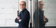 Le hacker toulousain Baptiste Robert pointe l'inefficacité des applications de traçage numérique des malades du Covid-19.