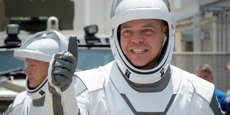 Les astronautes Bob Behnken, au premier plan, et Doug Hurley, qui ont embarqué dans la capsule.