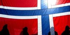 Le gouvernement norvégien a annoncé ce lundi qu'il allait mettre en place un nouveau fonds destiné à investir, durant les cinq prochaines annéees, dans des infrastructures routières, autoroutières, de nouvelles lignes de chemins de fer. Ce fonds devrait être doté d'une enveloppe de 12,5 milliards d'euros.