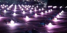 Une répétition, à Turin, du spectacle de Dronisos combinant le vol de 200 drones.