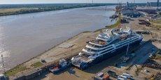 Le Bougainville dans la forme de radoub numéro 3 du Grand port maritime de Bordeaux, au terminal de Bassens.