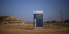 Anticiper les fondamentaux du marché du rhodium est impossible sans évaluer celui de son métal majeur le platine en Afrique du Sud et le nickel en Russie. (Photo d'illustration: l'entrée de la mine de platine de Mogalakwena à Mokopane, province du Limpopo, en Afrique du Sud, le 20 septembre 2017)