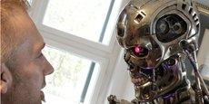 Robot humanoïde le cyborg (ici dans le film Terminator) est sans conteste l'une des nouvelles représentations de la puissance.