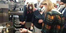 Jacqueline Gourault et Agnès Pannier-Runacher lors de leur visite ministérielle de l'unité d'injection de la SGT, une entreprise implantée dans le parc industriel Saôneor, à Chalon-sur-Saône, le 20 juillet dernier.