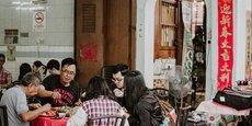 Les restaurateurs de grandes villes comme Pékin ou Wuhan sont invités à proposer des demi-portions dans leurs menus.