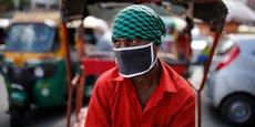 L'économie indienne était en difficulté avant même la pandémie, bataillant avec une croissance molle, un chômage record et une rafale de prêts non remboursés rendant les banques frileuses.