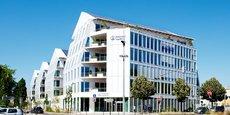 Pour Boehringer, devenu le numéro 2 mondial de la santé animale depuis l'acquisition de Merial, la région lyonnaise constitue le centre de gravité du groupe en France. C'est là où le laboratoire allemand compte y implanter une nouvelle usine de bioproduction de vaccins vétérinaires, d'ici fin 2022.