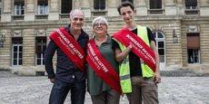 Philippe Poutou, à gauche, en compagnie des deux autres élus à la mairie de Bordeaux : Evelyne Descubes-Cervantes (France Insoumise) et Antoine Boudinet (Gilet jaune).