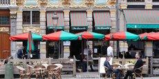 Les cafés et restaurants de Belgique, contraints de fermer fin octobre, pourront rouvrir leurs terrasses le samedi 8 mai, d'après une source gouvernementale.
