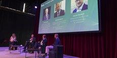 Sur scène, Olivier Delaitre (Boehringer Ingelheim France), Sébastien Michel (Mylan) et Michel Plantevin (Cluster i-Care) ont tous les trois débattu des conditions d'émergence des innovations dans le secteur de la Santé.