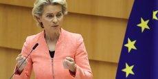 Ce matin, la Commission a décidé d'envoyer une lettre de mise en demeure au gouvernement britannique. Il s'agit de la première étape d'une procédure d'infraction, a annoncé la présidente de la Commission européenne, Ursula von der Leyen.