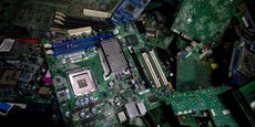 Le taux d'équipement élevé et le renouvellement rapide des appareils électroniques est la principale cause de la pollution numérique.