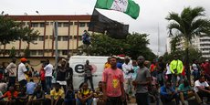 NIGERIA: DES SOLDATS ONT OUVERT LE FEU CONTRE DES MANIFESTANTS, SELON DES TÉMOINS
