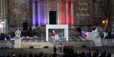 Hommage de la nation à Samuel Paty dans la cour de la Sorbonne.