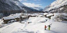 Qui a dit que la montagne était fermée ? L'enseigne Au Vieux Campeur a enregistré au cours des dernières semaines un bond de +60% dans le domaine des raquettes à neige et du ski de randonnée, ou encore de +90% pour le matériel de randonnée.