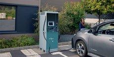 IES Synergy lance le déploiement de la Keywatt 50, station 50 kW pour véhicule électrique.