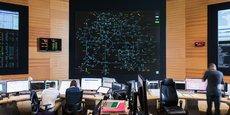C'est depuis le Centre national d'exploitation du système (Cnes), à Saint-Denis, que les ingénieurs de RTE surveillent les « autoroutes de l'électricité de France ».