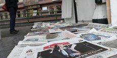 Un journal avec à sa Une le président élu Joe Biden est vu dans un kiosque à journaux à Téhéran, en Iran.
