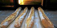 La machine à baguette, qui a gagné le concours, permet d'acheter des baguettes fraîchement cuites à toutes les heures. (Photo: Reuters)