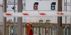 La France autorise la reprise prochaine des voyages transmanches, sous condition d'un test Covid négatif