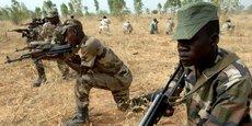 Des soldats de l'armée nigérienne, lors d'un exercice militaire en 2007.