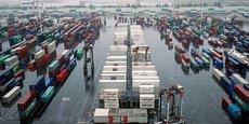 Le tableau fourni par l'administration brosse le portrait d'une économie exportatrice au bord du précipice. Par ailleurs, cette crise a jeté une lumière crue sur l'extrême spécialisation du secteur exportateur français et sa grande fragilité lors des périodes de crise.