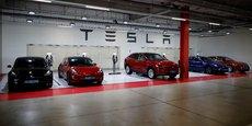 Les voitures concernées sont les berlines Model S fabriquées entre 2012 et 2018 et les 4X4 de ville Model X produits de 2016 à 2018.