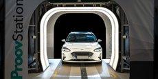 Le lyonnais ProovStation a conçu un portique bardé d'une vingtaine de capteurs optiques qui, associés à de l'IA, pourrait faciliter les inspections réalisées par les constructeurs, distributeurs, transporteurs et même loueurs de véhicules.
