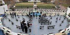USA: LE CAPITOLE BOUCLÉ PROVISOIREMENT APRÈS UN INCENDIE À PROXIMITÉ