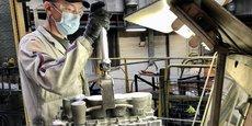 L'usine de fonderie de Charleville-Mézières, dans les Ardennes, compte 1.600 salariés. Elle prépare sa transition vers la production de carters de moteurs électriques.