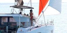 En permettant d'aller en mer, les catamarans semblent être un  bon outil pour la distanciation physique.