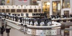 Quelque 20.000 tonnes de café moulu sortent chaque année des ligne de production de l'usine Carte Noire de Lavérune, dans l'Hérault.