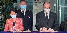 Johanna Rolland, présidente de Nantes Métropole et de France Urbaine et Le Premier Ministre Jean Castex ont signé le premier Contrat Métropolitain de Relance et de Transition Ecologique (CMRTE), à Nantes.