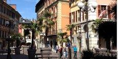 En 2020, le prix de vente médian des appartements au mètre carré a bondi de +22% à Chambéry, alors que l'agglomération se préparait à augmenter sa démographie (+16%) d'ici 2030.