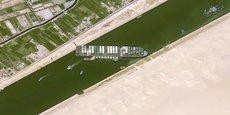 L'Ever Given a complètement bloqué le canal de Suez.Cnes2021/Distribution Airbus DS
